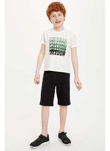 DeFacto Erkek Çocuk Köpek Balığı Baskılı Kısa Kol Tişört Beyaz